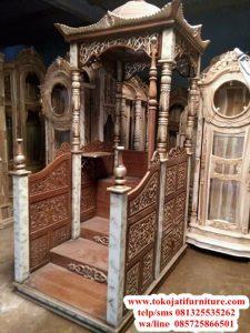 Mimbar-Masjid-Jati-Marmer