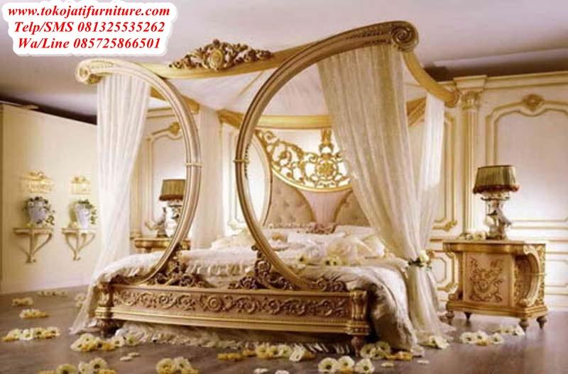 http://tokojatifurniture.com/wp-content/uploads/2017/11/tempat-tidur-jati-king-ukiran-mewah.jpeg
