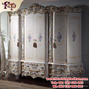 lemari pakaian 4 pintu classic luxury terbaru