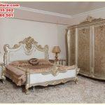 set tempat tidur desain ukiran klasik