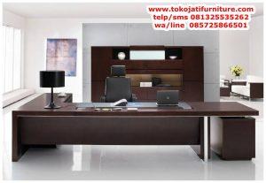 desain meja kantor jati minimalis modern