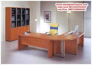meja kantor jati pimpinan terbaru
