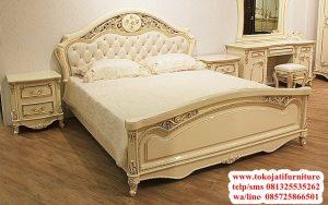 tempat tidur model cream duco mewah